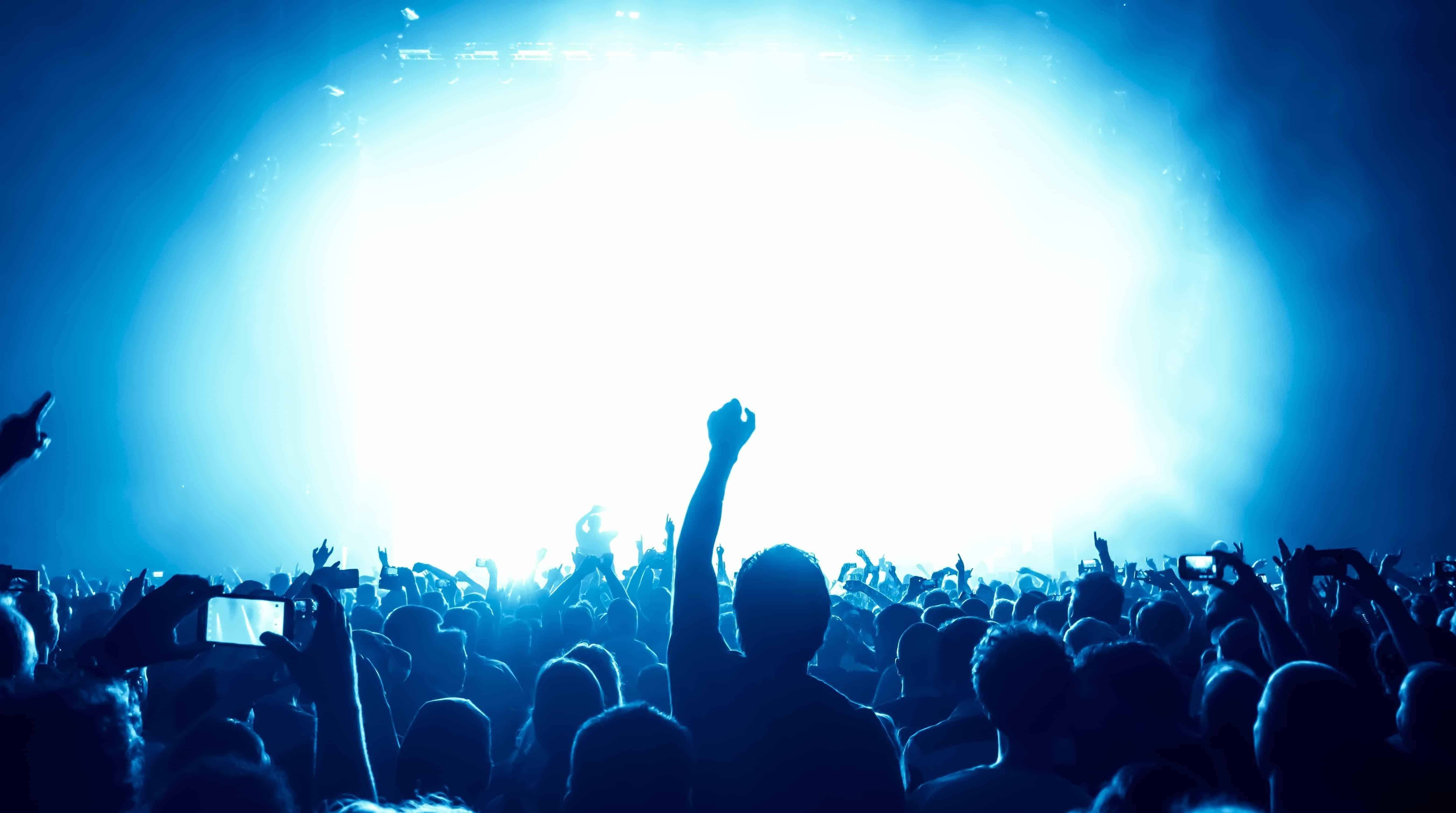 Wenn die Menschenmenge zum Problem wird | Hypnose kann Dir helfen