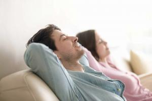 Hypnose hilft bei Migräne und Kopfschmerzen
